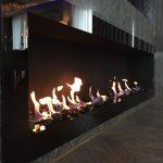Длинный встроенный биокамин GlassWall Art Flame